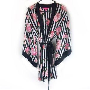Betsey Johnson Robe Kimono!